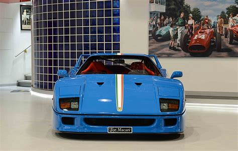It would have been difficult to get visible weave using the original rosso corsa, so sam opted for a completely custom shade of blue. Blue Ferrari F40 With Tricolore Stripe Is A Head Turner - carscoops.com