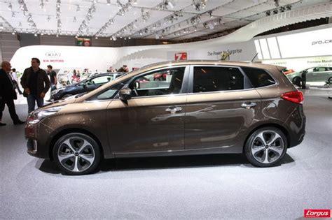 volume coffre kia carens kia carens nouvelle 233 cole mondial de l auto 2012