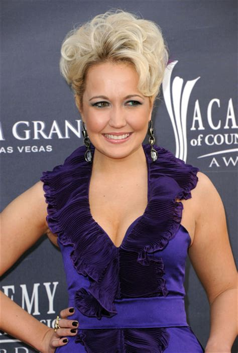 meghan linsey meghan linsey in 46th annual academy of country music awards arrivals zimbio