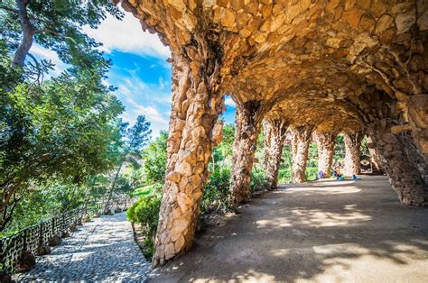 10 Fascinating Facts You Didn't Know About Park Güell