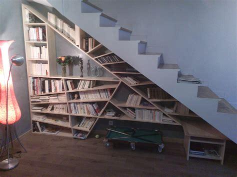 images de chambre bibliothèque sous pente d 39 escalier montreuil 93