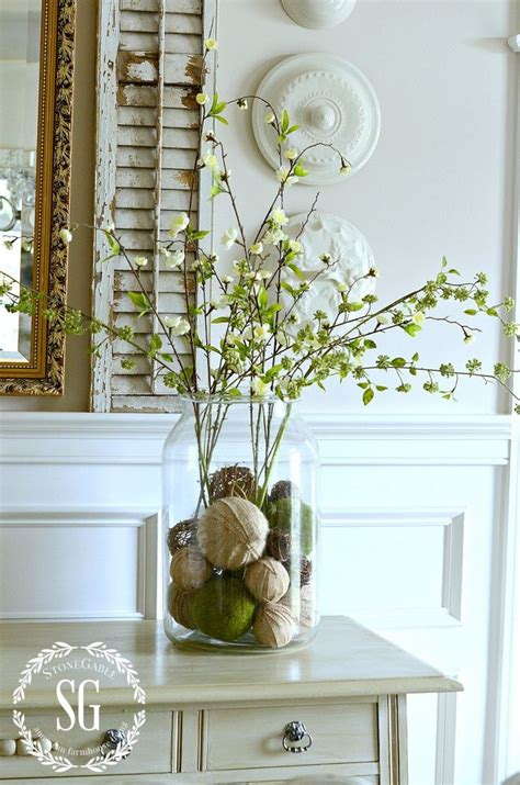Decorating Ideas For Hurricane Vases by Best 25 Vase Fillers Ideas On Fall Vase