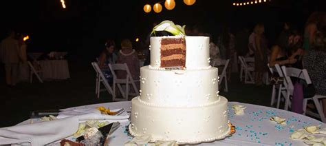 Maui Wedding Cakes From Cjs Maui Catering