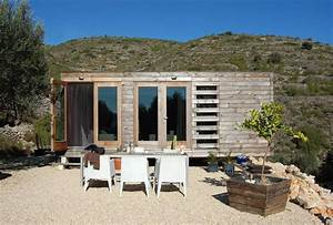 A small prefab house in Spain