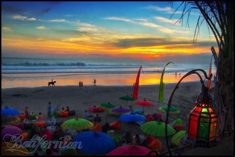 beautiful bali sunset seminyak beach  la
