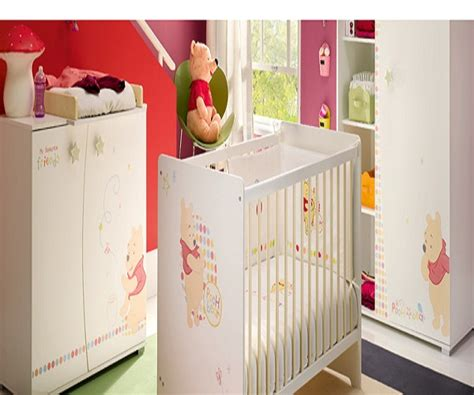 simulation d馗oration chambre davaus chambre winnie autour de bebe avec des idées intéressantes pour la conception de la chambre