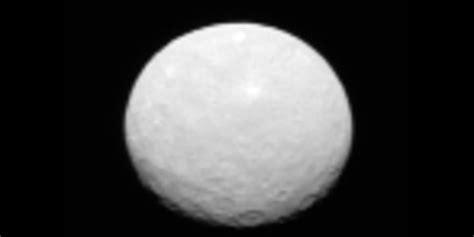 Nasa Probe Gives Close-up Look At Dwarf Planet Ceres, But
