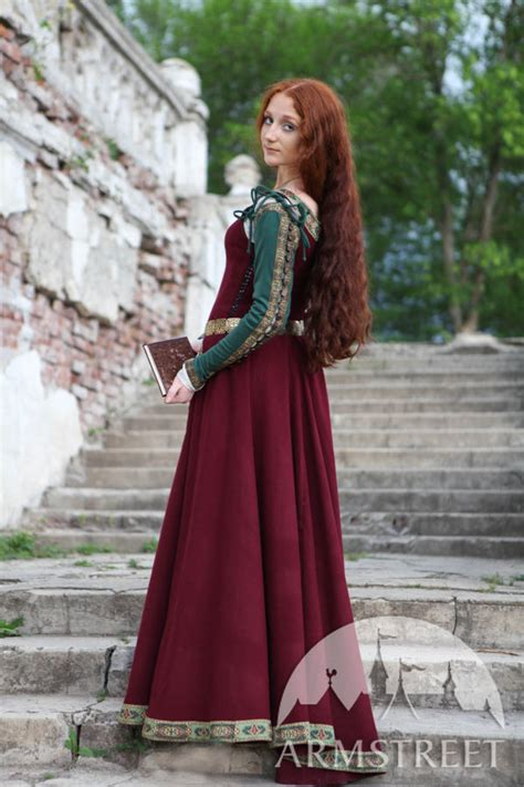 """Medieval Dress """"Greensleeves"""" for Noblewomen . Available ..."""