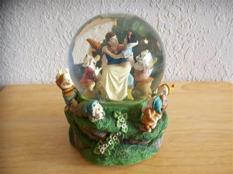 Disney Snow White Seven Dwarfs Snow Globe And 50 Similar