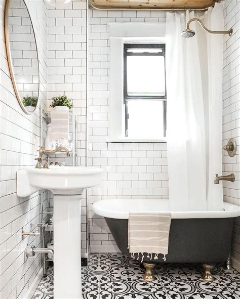 Small Clawfoot Tubs For Small Bathrooms by Freshen Up Your Bathroom In 2017 With This Mixed Tile