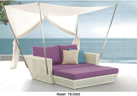 outdoor patio sofa lounge canopy day bed deck poolside