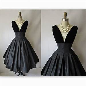 50's Cocktail Dress // Vintage 1950's Black Taffeta