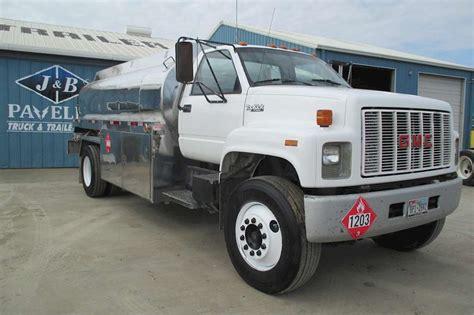 gmc topkick   sale  trucks  buysellsearch