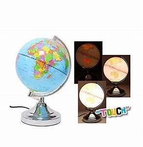 Lampe Globe Terrestre : globe terrestre lumineux les bons plans de micromonde ~ Teatrodelosmanantiales.com Idées de Décoration