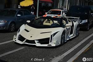 Lamborghini Veneno Roadster : lamborghini veneno roadster 30 august 2015 autogespot ~ Maxctalentgroup.com Avis de Voitures