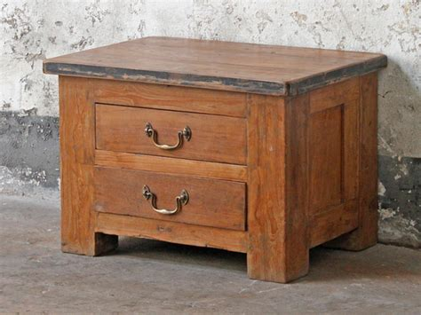 Shabby Chic Chest & Trunk Coffee Tables Plywood Drawer Handles Dorel Galaxy Tv Stand With Mount And Drawers How To Remove Old Craftsman Toolbox Jewellery Inserts Nz 500mm 3 Kitchen Base Unit 36 Inch Slides Lowes Blum Antaro Sink Bureau Vs Chest Of