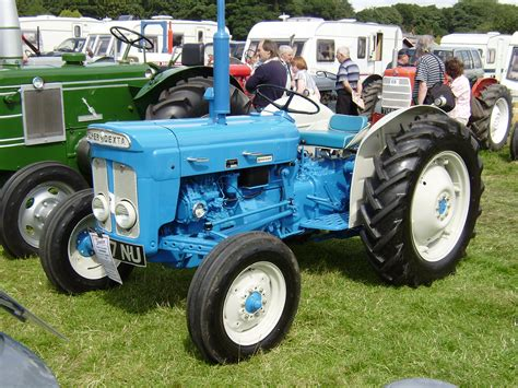 Fordson Dexta Tractor Construction Plant Wiki The Classic Vehicle And Machinery Wiki