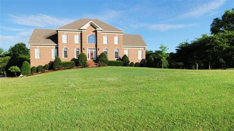 home exterior fails     architectural digest