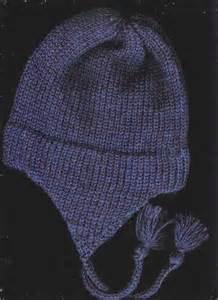 Free Child Earflap Hat Knitting Pattern