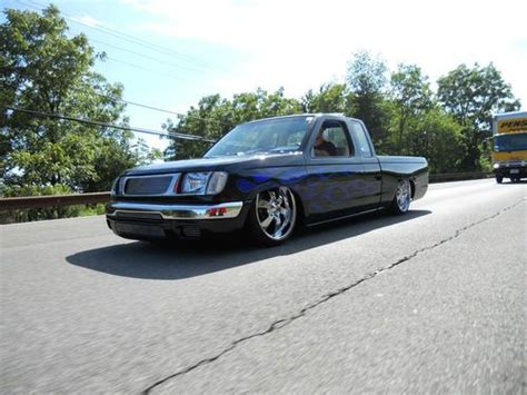 bagged nissan frontier sell used 1999 nissan frontier custom bagged bodydrop show
