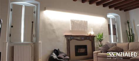 righello lampada  parete led prodotta su misura