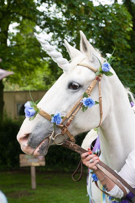 mariage sur le theme de la licorne bloom