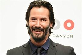 Keanu Reeves in Japan with his girlfriend to promote John Wick|Lainey ...