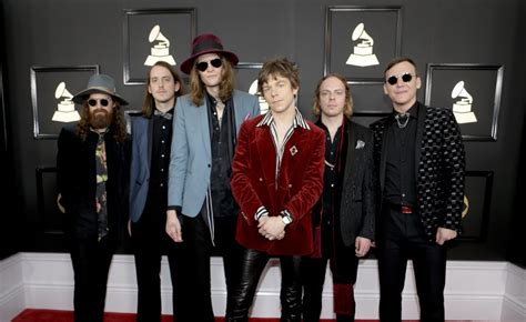 Billboard Elephant cage  elephant wins grammy  rock album bowie wins 1200 x 735 · jpeg