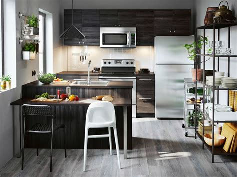 Cool, Calm And Functional Kitchen
