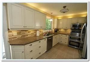 Inspiring painted cabinet colors ideas home and cabinet for Kitchen cabinet paint ideas colors