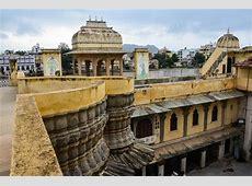 World's Largest Turban, Udaipur, India Go BIG or Go Home