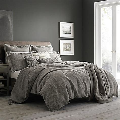 Wamsutta® Vintage Paisley Linen Duvet Cover In Grey Bed