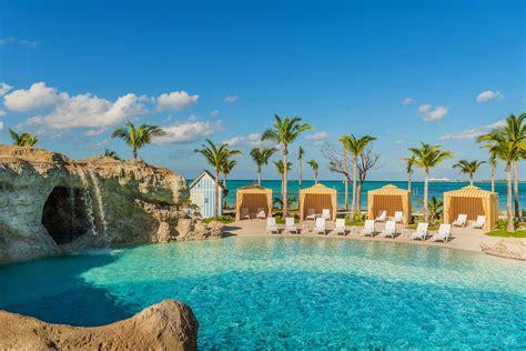 long delayed baha mar resort  finally open  atlantis