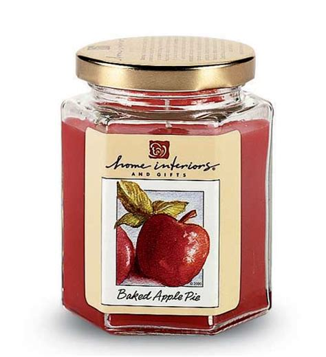 Interiors Candles Baked Apple Pie candles in all sizes