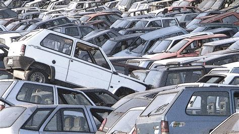 Too Many Connected Cars Could Create Data Traffic Jams