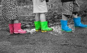 Black And White Photography With Color Splash Converse ...