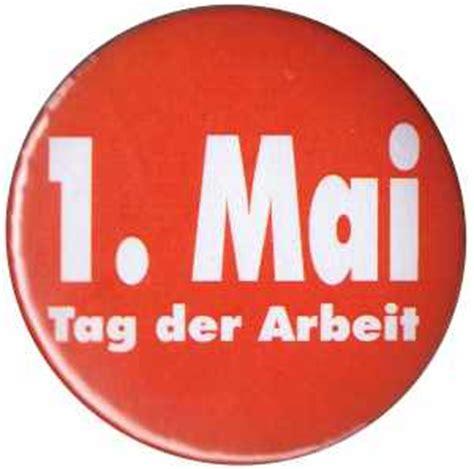 Roter Button mit Aufschrift