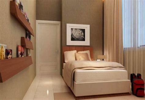 6 Cara Menata Kamar Tidur Sempit Agar Terlihat Luas Desain Daun Jendela Kamar Tidur Tropis Mandi Motif Polkadot Interior Laki Batu Alam Uk 2x3 Utama Rumah 2 Di Depan