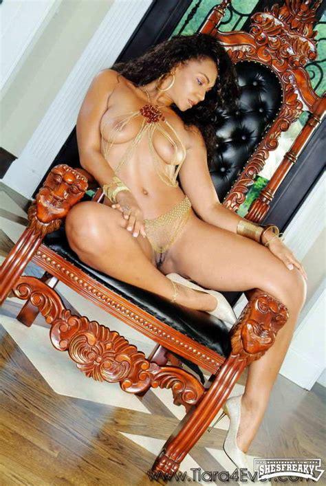 Tiara Harris Shesfreaky