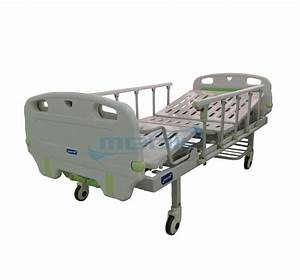 Two Crank Manual Hospital Bed With Bumper