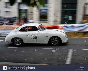 Porsche 356 Prix : porsche 356 racing at the historic grand prix bressuire france stock photo 150068115 alamy ~ Medecine-chirurgie-esthetiques.com Avis de Voitures