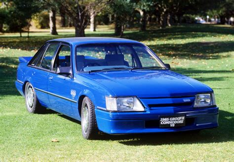 holden vk commodore ss group   wallpapers