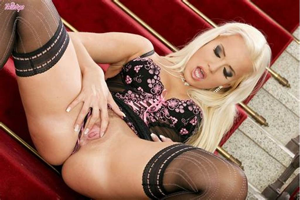 #Cindy #Dollar #In #Black #Stockings #Dildoing #Her #Pussy #On