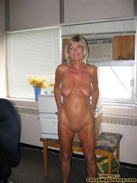 CheckMyGranny.com - 100% real Amateur Granny Porn Pictures and videos