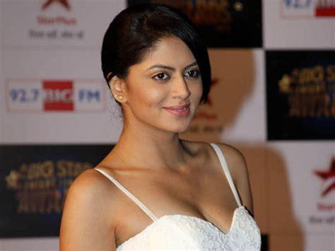 actress kavitha thi actress kavita kaushik all set to get hitched this month