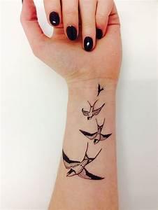 Tatouage Oiseau Homme : le tatouage oiseau en 8 id es tattoo et leur signification ~ Melissatoandfro.com Idées de Décoration