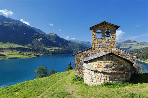 French Alps Proving Popular As Yearround Destination