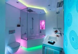 Kleines Designer Bad : kleines badezimmer modern gestalten tipps ideen mit lichtdesign ~ Sanjose-hotels-ca.com Haus und Dekorationen