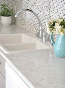 spray kitchen faucet gray white kitchen remodel decor10