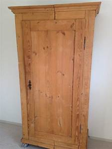 Ikea Kleiderschrank Holz : holz schrank kleiderschrank in n rnberg schr nke ~ Michelbontemps.com Haus und Dekorationen